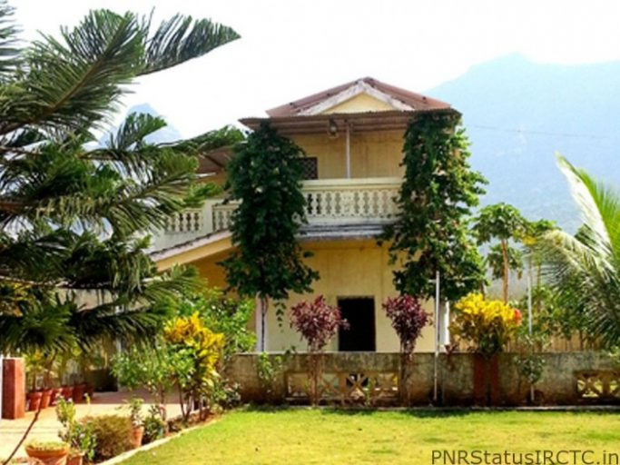 Farmhouse With Swimming Pool Near Mumbai