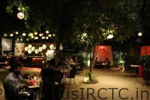 Amazing place to celebrate romantic birthday in Delhi
